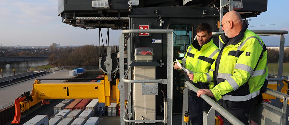 Hafendienstleistungen und Logistikservices aus bewährten Händen
